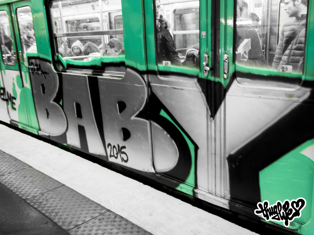 thuglife paris uta graffiti metro baby 01
