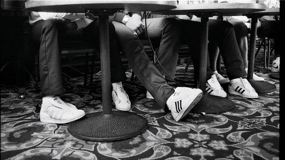 Τα 11 old-school sneakers που θα λατρέψεις το φετινό χειμώνα