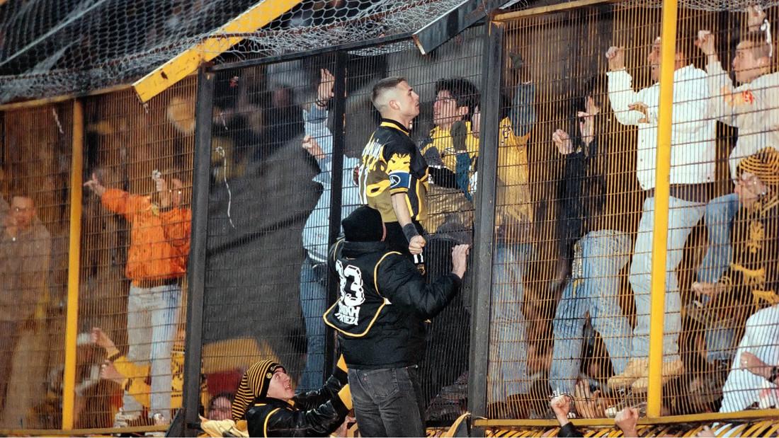 10 πανηγυρισμοί που έγραψαν ιστορία στα ελληνικά γήπεδα