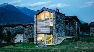 Τι ζητήσαμε; Ένα σπιτάκι στις Ιταλικές Άλπεις ζητήσαμε.