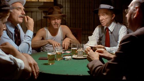 Οι νόμοι του Πόκερ και της Εικοσιμίας που κάθε παρέα οφείλει να σέβεται