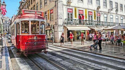 Στη Λισαβόνα του Μήτρογλου περνάνε ωραία