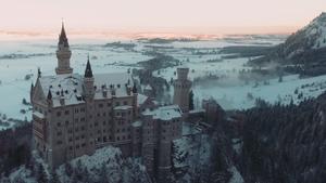 Ταξίδι στις Άλπεις με ένα drone για ξεναγό