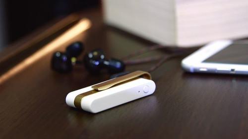 Με αυτό το μαραφέτι θα μπορείς να βάζεις ακουστικά με καλώδιο στο smartphone σου