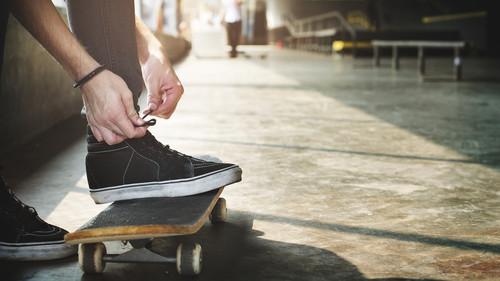 12 sneakers για να φορέσεις το 2017