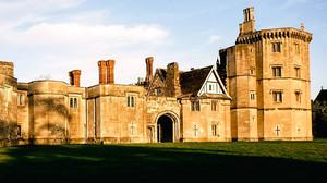Θα έκανες διακοπάρες στο κάστρο του Ερρίκου του 8ου;
