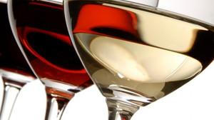 Πασχαλινό τραπέζι με μοναδικά κρασιά από την γκάμα της Ελληνικά Κελλάρια Οίνων