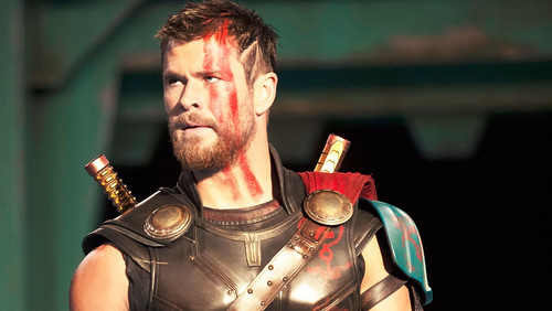 Το νέο trailer του Thor μας χτύπησε κατακέφαλα