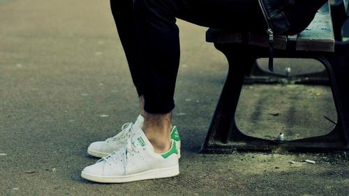 10 τίμιες παραλλαγές του adidas Stan Smith