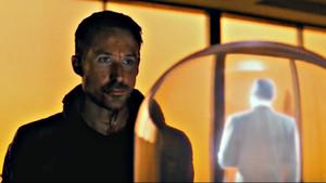 Ο Φρανκ Σινάτρα πρωταγωνιστεί στο νέο κλιπ του «Blade Runner 2049»