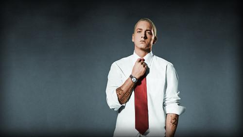 Eminem, με αυτά τα μούσια δεν ράπαρε κανείς