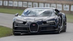 Η Bugatti Chiron είναι απλά διαστημική