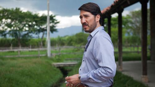 Ανακοινώθηκε η πρεμιέρα της 3ης σεζόν του Narcos και βλέπουμε ήδη κύκλους