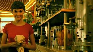 Ωδή στο γλυκό κορίτσι που μας φτιάχνει τον καφέ