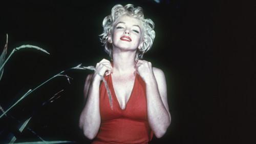 Γιατί όλοι μας γουστάρουμε γυναίκες σαν τη Μέριλιν;