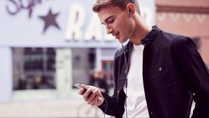 Το τρικ για να ακούς πιο δυνατά την μουσική σου στο iPhone