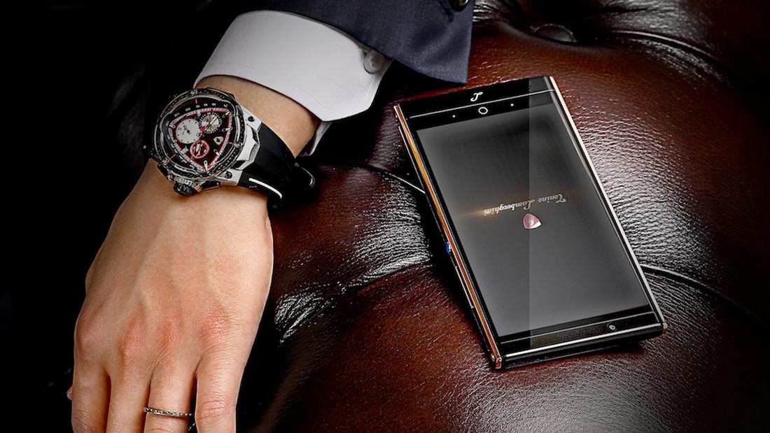 Το smartphone της Lamborghini είναι ανούσια ακριβό