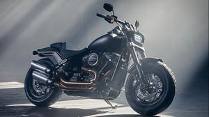 Χαζέψαμε λίγο με το νέο επιθετικό λουκ της Harley Davidson
