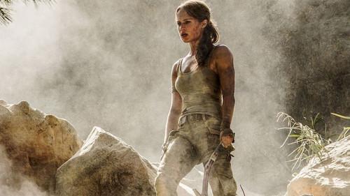 Είναι η Αλίσια Βικάντερ η «Lara Croft» που περιμέναμε;