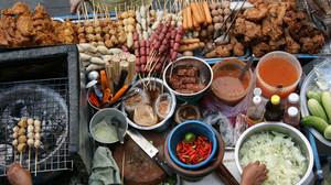 Τα πιο διάσημα και λαχταριστά street food που αξίζει να δοκιμάσεις