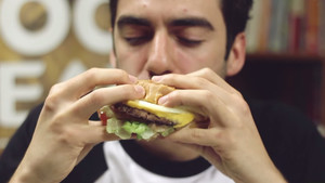 5 junk food που μας μεγάλωσαν με αγάπη και λιπαρά