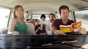Να οδηγείς με γυναίκα και παιδιά για εκδρομή, αυτή η μάστιγα