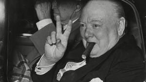 Πούρο που είχε πάνω του τα σάλια του Τσώρτσιλ πουλήθηκε για 10 χιλιάρικα
