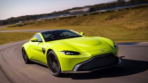 Πώς μεγάλωσες έτσι βρε Aston Martin;