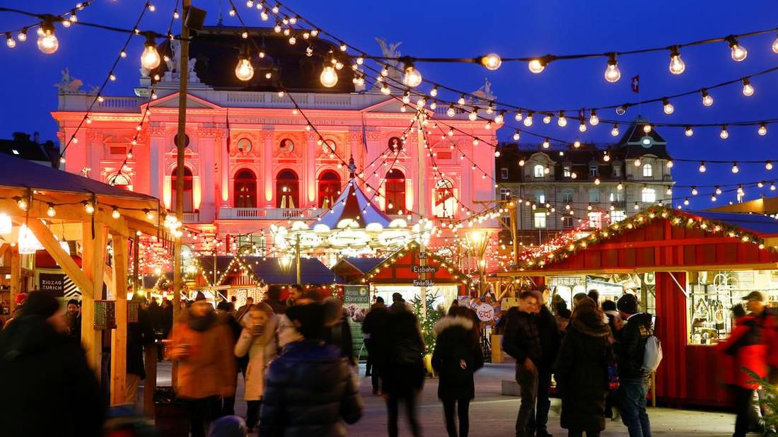 Τι  εννοείς πού να κάνεις Χριστούγεννα; Στη Ζυρίχη!