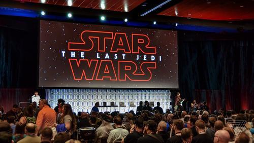Last Jedi: H ταινία που σε κάνει να νιώθεις και πάλι παιδί