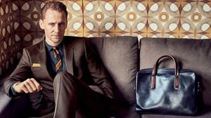 Την χρονιά που έφυγε, ο Τομ Χίντλεστον τίμησε το κοστούμι όσο κανείς άλλος